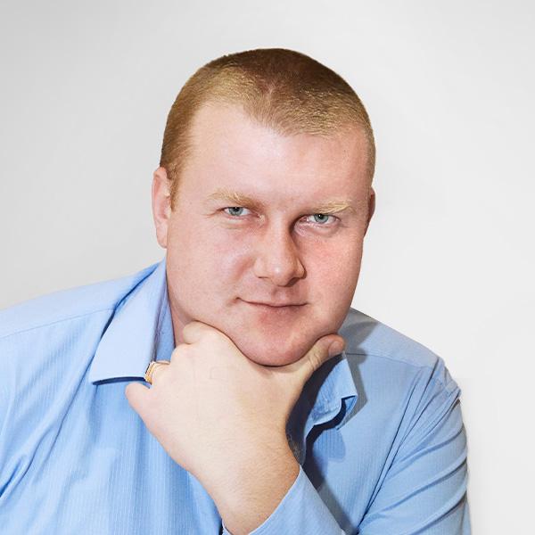 Александр Хамов, Руководитель отдела логистики и складского хозяйства